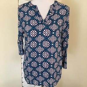 Pixley Stitch Fix Split V Geometric Top Teal